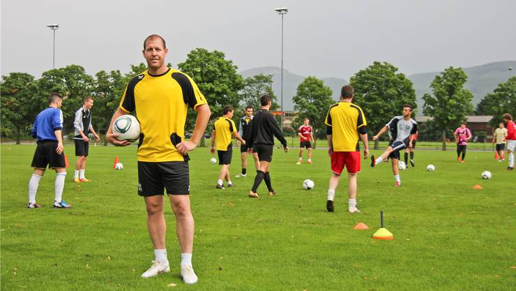 Der ehemalige FCB-Profi Scott Chipperfield ist zurück bei Aesch.