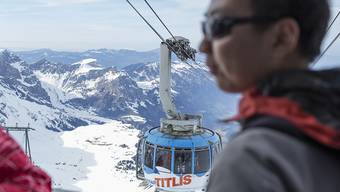 Für viele Schweizer Exportfirmen und den Tourismus stellen die wiederkehrenden Aufwertungsschübe eine Belastung dar.