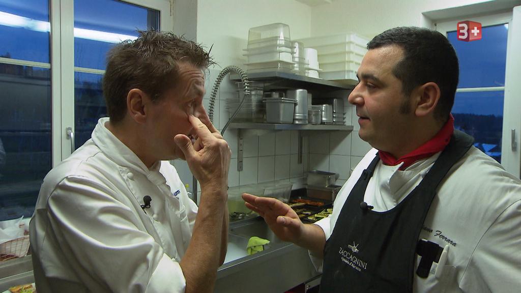 Daniel Bumann verzweifelt am störrischen Restaurantbesitzer Emiliano vom «Don Camillo» in Frauenfeld.