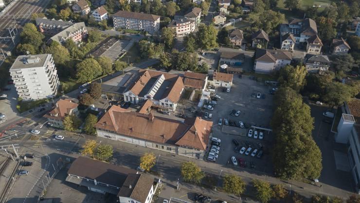 Der geplante Westast aus der Luft: Hier soll nach offiziellem Projekt der Anschluss Bienne Centre hinkommen, die Häuser grösstenteils abgerissen werden.