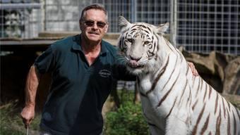 René Strickler mit dem Tiger Arisha. (Archiv)