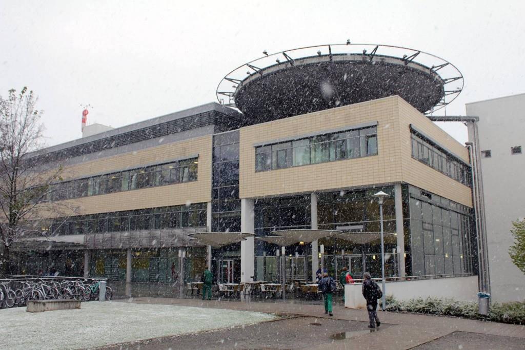 Bild der Helios Klinik in Erfurt (© Tagblatt/Leser)