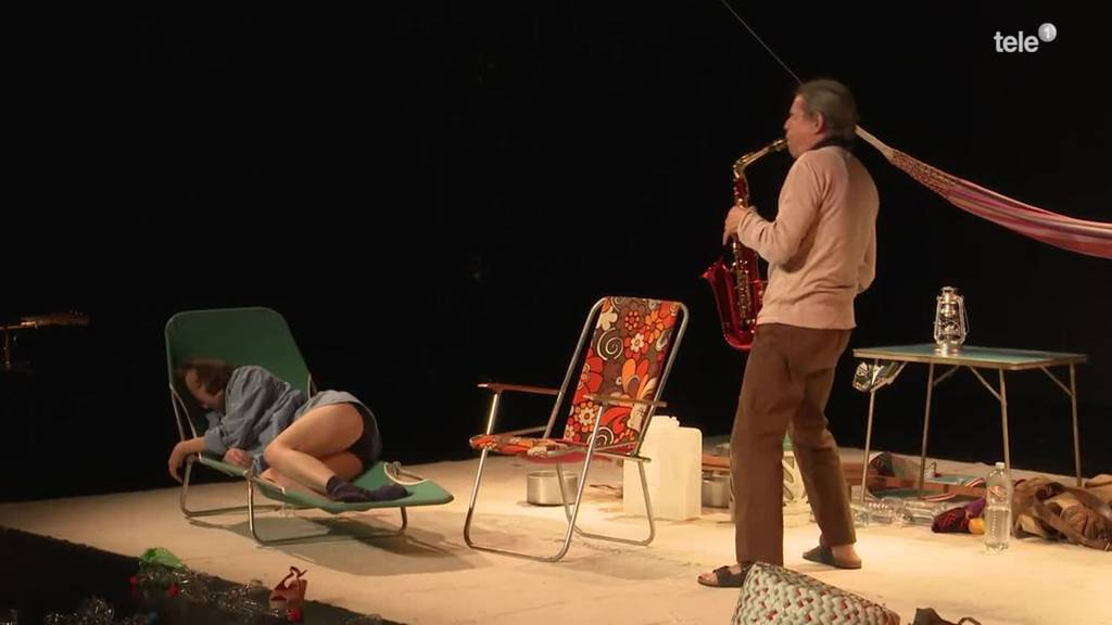Trotz Maske ist Devise: Hauptsache Theater spielen
