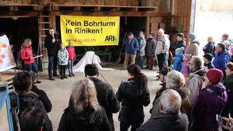 Die Interessengemeinschaft Attraktives Riniken informierte die Bevölkerung über den geplanten Bohrturm im Dorf. Daraufhin gingen zahlreiche Einwendungen ein.