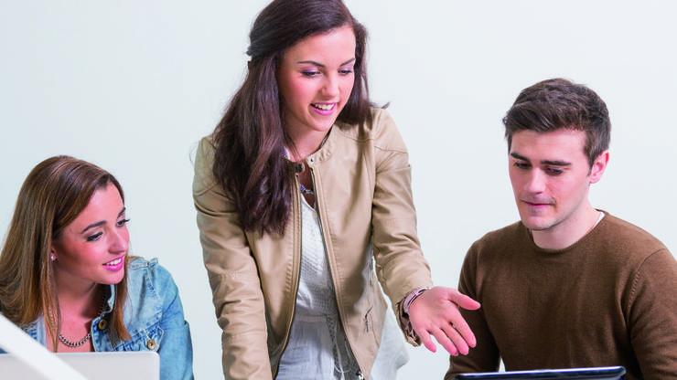 Frauen und Männer sollen die digitale Zukunft gleichermassen mitgestalten.