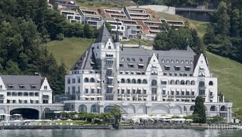 """Sternenglück für das Park Hotel Vitznau: Patrick Mahler und sein Team vom Restaurant """"focus""""schaffen auf Anhieb den Sprung in die Zwei-Sterne-Liga."""