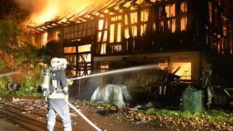 In Belp brennte ein Holzschopf (Symbolbild).