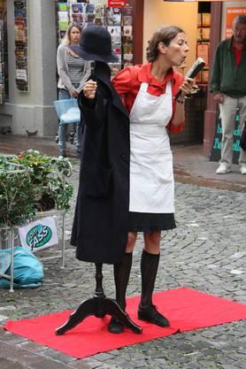 Zweipersonenstück mit Susann Würth aus Deutschland als Theater Option Orange