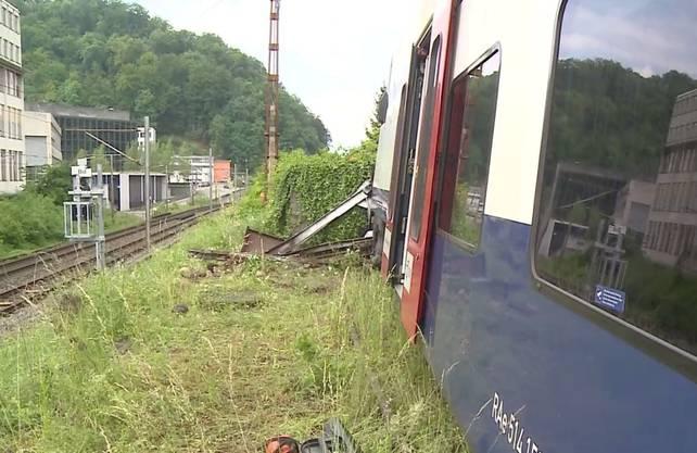 Der Zugverkehr war nicht beeinträchtigt. Vor Ort ermitteln Experten der unabhängigen Schweizerischen Sicherheitsuntersuchungsstelle.