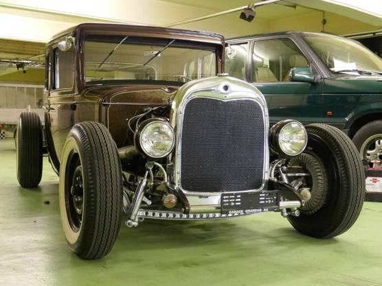 Ohne Änderungen würden für den Ford beim Zulassungsentscheid die Anforderungen von 1930 gelten, erklärt Aeschlimann. Wegen den neueren Teilen gelten aber modernere Massstäbe.