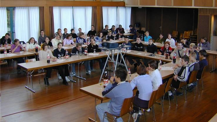 Die erste Wohler Jugendsession (Bild) fand im November 2000 im Chappelehof-Saal statt. Archiv/Fränzi Zulauf