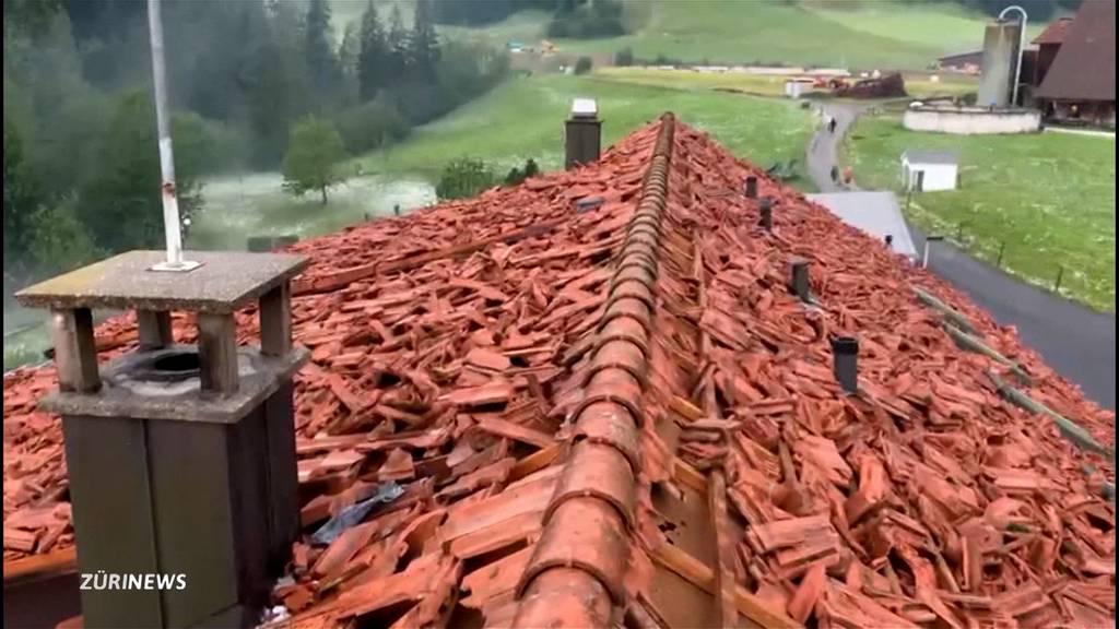 Hagel zerstört in Wolhusen (LU) reihenweise Dächer
