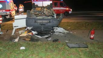 Lieferwagenfahrer verunfallt in Mägenwil