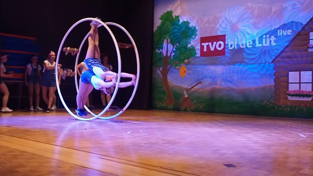 Mit Tanz und Choreographie: Oberflachser Turnerinnen und Turner begeistern