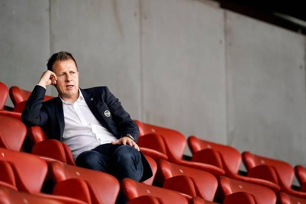 Wie weiter mit Guilaume Hoarau? YB-Sportchef Christoph Spycher steht vor der schwierigsten Entscheidung seiner Karriere.