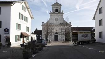 Der Platz vor dem Kloster Mariastein soll neu gestaltet werden. (Archivbild)