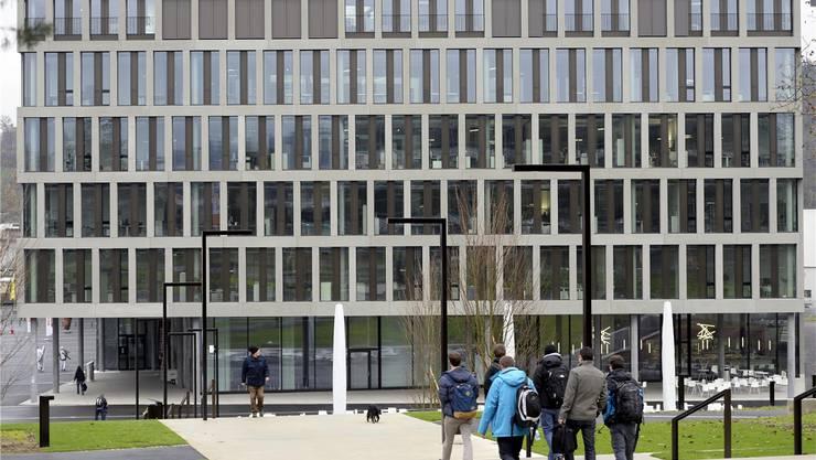 3400 Personen erhalten im Aargau ein Stipendium – unter ihnen Studenten der Fachhochschule Nordwestschweiz.