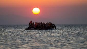 Raubüberfälle auf einer sonst schon schwierigen Reise: Mehrere Bootsflüchtlinge berichten von änhlichen Zwischenfällen auf dem Mittelmeer bei Kos. (Symbolbild)