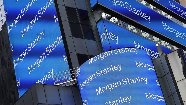 Die US-Grossbank Morgan Stanley hat in den vergangenen Monaten wegen einem schwachen Handel mit Aktien und Obligationen weniger verdient. (Archivbild)