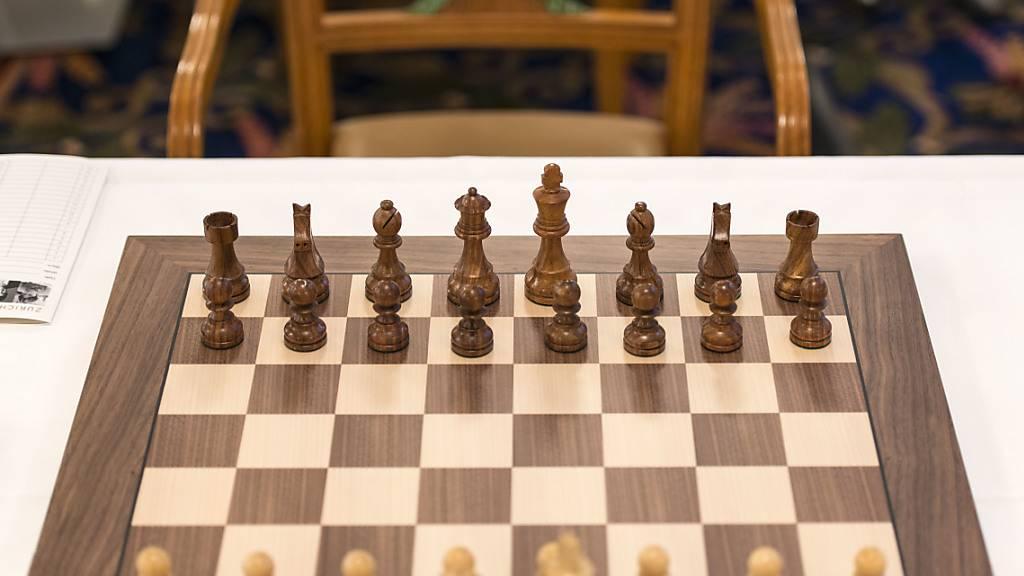 Der Schachweltmeister, der sich in die Klinik spielte