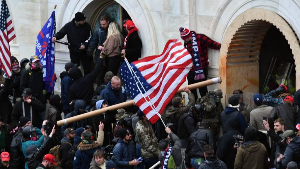 US-Kongresskammer stimmt für Aufklärungsgremium zu Kapitol-Attacke
