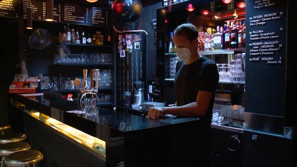 Zürcher Bars und Clubs wollen amtliche Schliessung und Unterstützung
