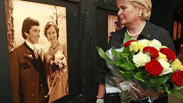 Claudia Haider gedenkt ihres verstorbenen Mannes