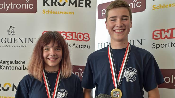 Das Gansinger Siegesduo: Nina Staudacher (U15) und Robin Moser (U21).