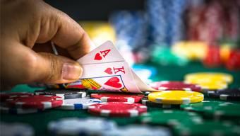 In Basel sollen in Zukunft auch lokale Sportwetten und kleine Pokerturniere erlaubt sein. (Symbolbild)