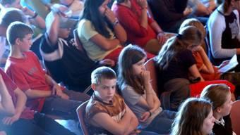 Bild vom Mai 2003 aus der 6. Kinderkonferenz in Risch ZG