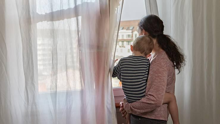Innert 20 Jahren hat sich der Anteil der nicht erwerbstätigen Mütter beinahe halbiert. (Symbolbild)