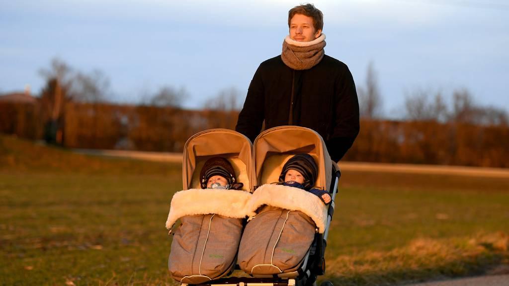 55'000 Unterschriften gegen Vaterschaftsurlaub eingereicht