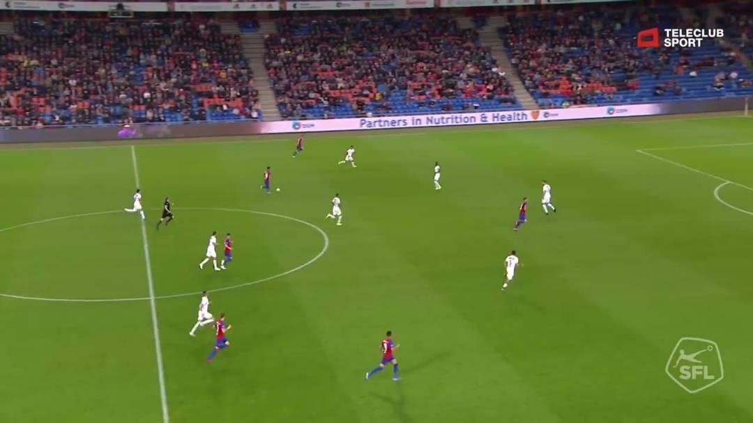51. Minute Kevin Bua trifft zum 2:0 für Basel