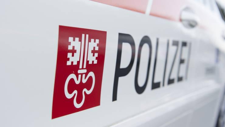 Ein Rentner hat in der gemeinsamen Wohnung in Stansstad NW seine Ehefrau erschossen. Das Motiv und die Hintergründe der Tat sind nach Angaben der Kantonspolizei Nidwalden noch unklar. (Symbolbild)