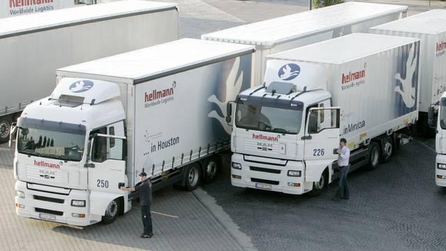 25 Meter lange Lastwagen kommen in Deutschland erstmals auf die Strasse (Archiv)