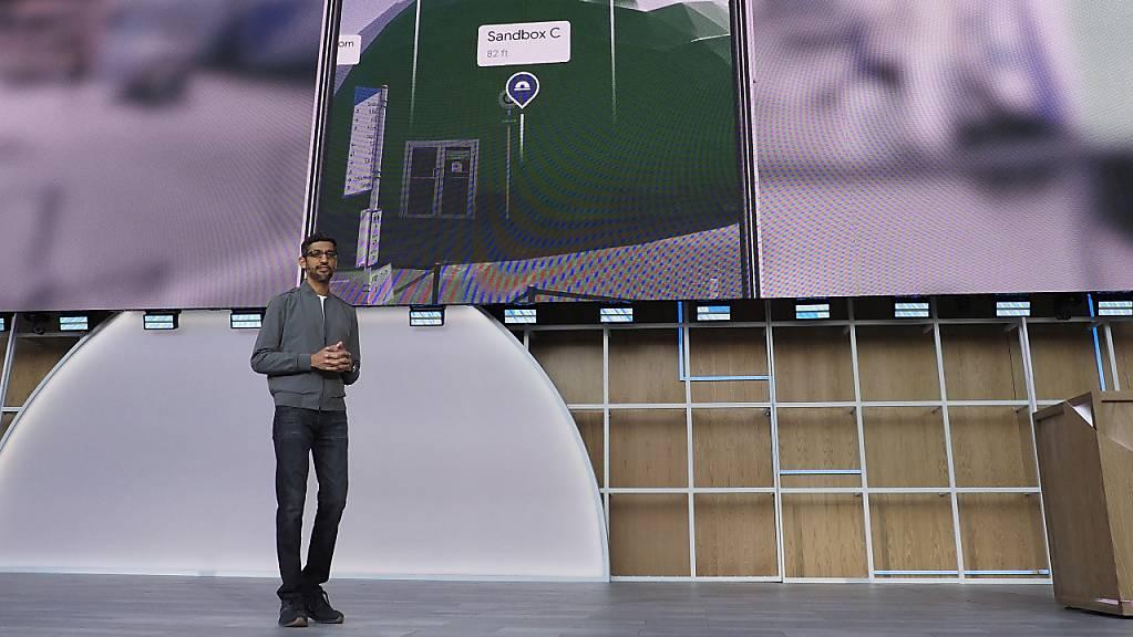 Für Google ist Indien einer der grössten Wachstumsmärkte - im Bild der aus Indien stammende CEO Sundar Pichai. (Archiv)