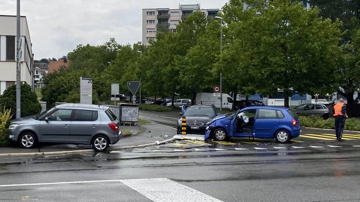 Beim Unfall wurde eine Lenkerin leicht verletzt.