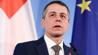 Seine neue Europapolitik kommt beim Volk gemäss einer Umfrage gut an: der Schweizer Aussenminister Ignazio Cassis. (Archivbild)