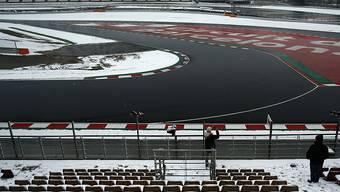 Nichts los in Montmeló: Wegen Schneefalls wagten sich die Formel-1-Teams nicht auf die Strecke