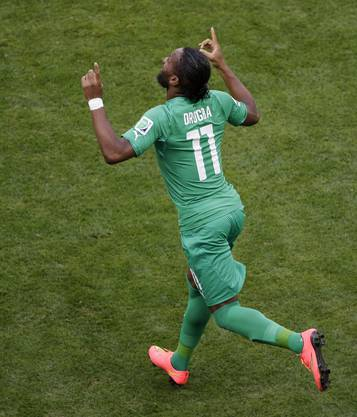 Didier Drogba wird in der 60. Minute eingewechselt - und das ganze Stadion jubelt