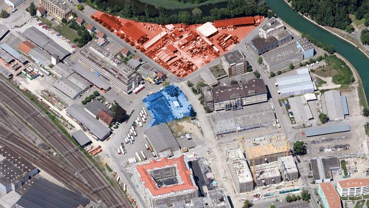 Das geplante Schulhaus im Limmatfeld (auf dem blauen Feld) soll zwölf Schulzimmer umfassen. In Rot ist das stadteigene Grundstück in der Stierenmatt eingezeichnet.istockfoto/Grafik Limmattaler Zeitung