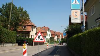 Hier halten die VBZ-Busse 303, 311 und 314 ab Montag und passieren dann die Poststrasse Richtung Bahnhof Dietikon. Bild: Sibylle Egloff