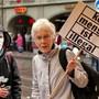 Lanz anlässlich einer Demonstration für Sans-Papiers.