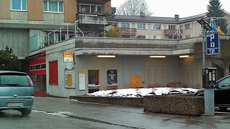 Die Post Dorf an der Wettinger Bahnhofstrasse wird modernisiert.