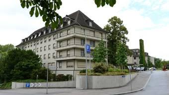 Mit rund 500 zusätzlichen Geburten in der neuen Frauenklinik rechnet die Leitung des Bethesda-Spitals für das laufende Jahr. Bild: Schon seit 1939 steht das Privatspital im Basler Gellert-Quartier.