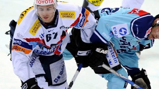 Romano Lemm war der Matchwinner für die Kloten Flyers