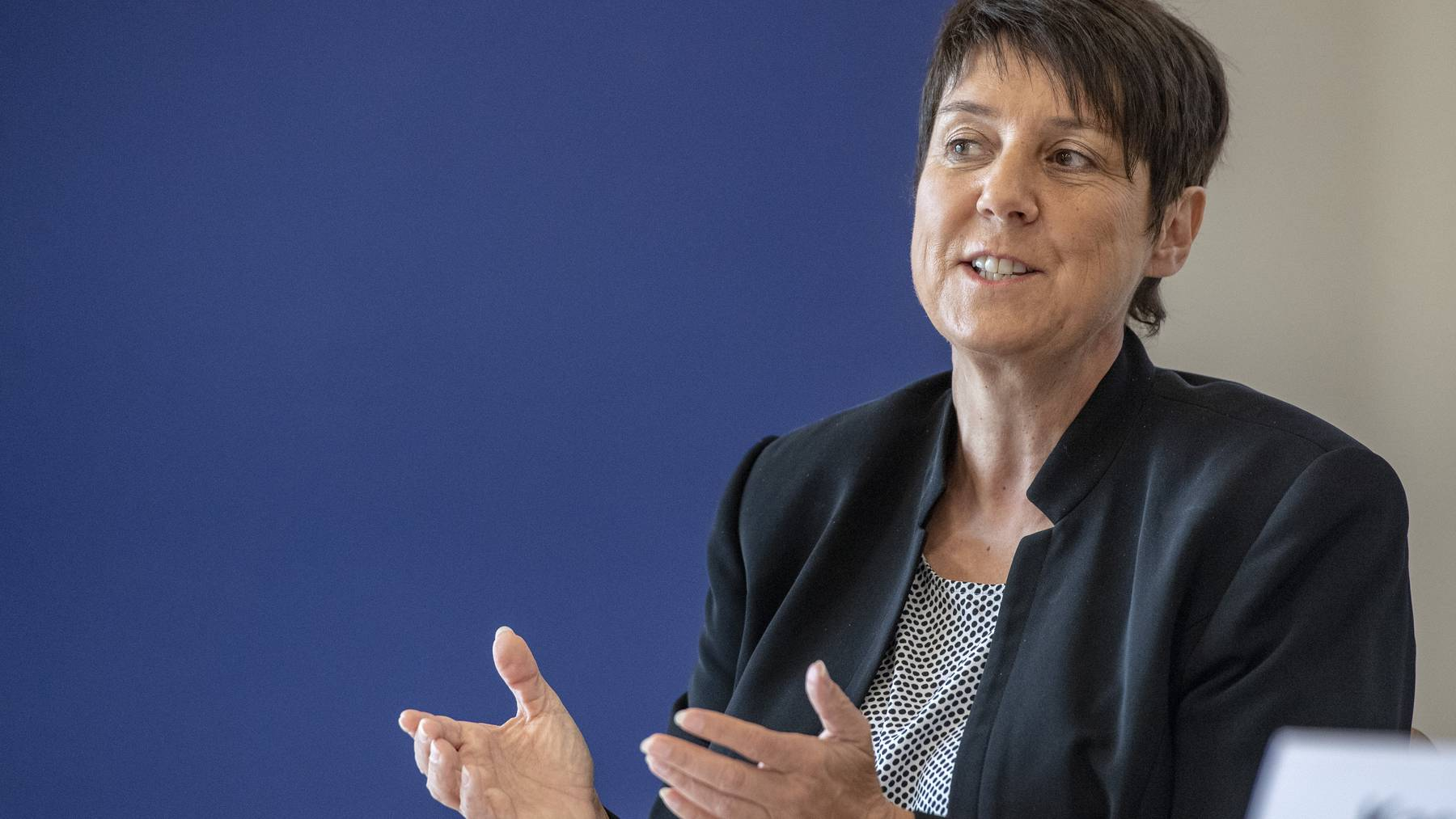 Der Schwyzer Regierungsrätin Petra Steimen-Rickenbacher an einer Medienkonferenz der Schwyzer Regierung.