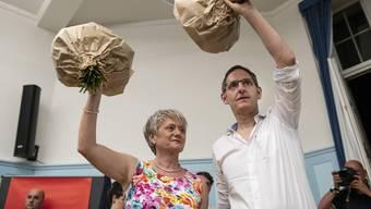 Mario Fehr und Jacqueline Fehr, nachdem die SP-Delegierten sie auch für die nächsten Regierungsratswahlen aufgestellt haben.