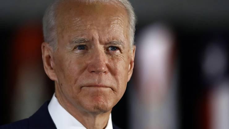 Joe Biden hat die gegen ihn vorgebrachten Vorwürfe eines sexuellen Übergriffs vehement zurückgewiesen. (Archivbild)