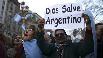 In Argentinien und Brasilien haben die Notenbanken zu Stützmassnahmen ihrer Währungen gegriffen. Grund dafür sind die politischen und wirtschaftlichen Unsicherheiten (Archiv)